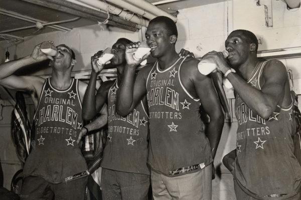1964-harlem-globetrotters-tdc
