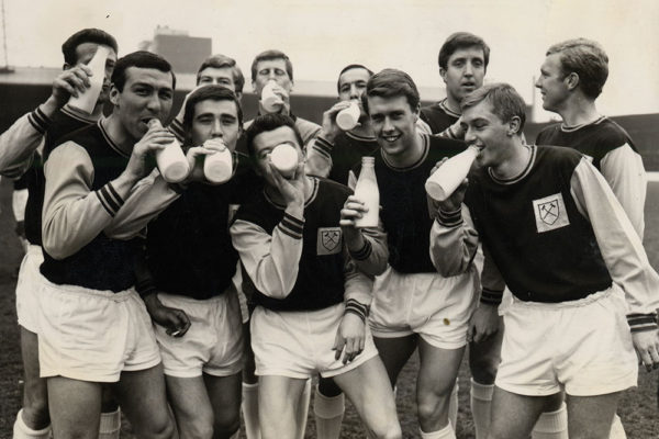 1964-west-ham-football-team-tdc